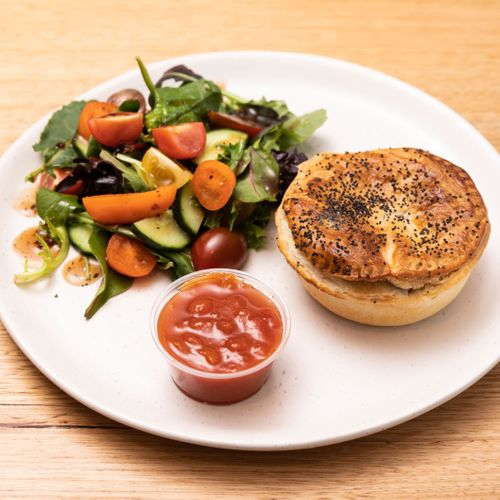 Red Hill Baker Chunky Beef Pie