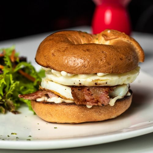 Eggs & Bacon Bagel
