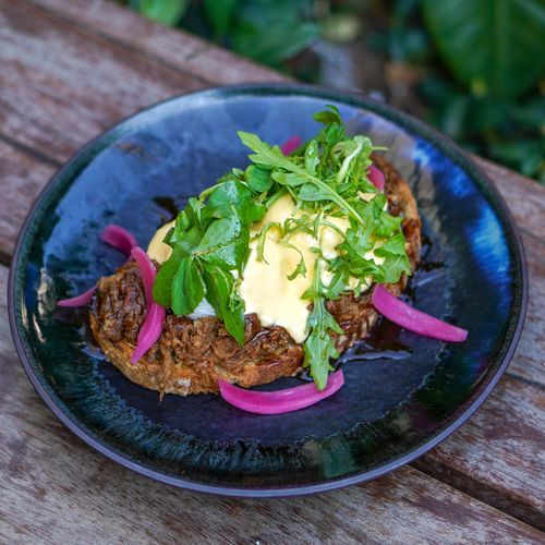Pulled Beef Benedict