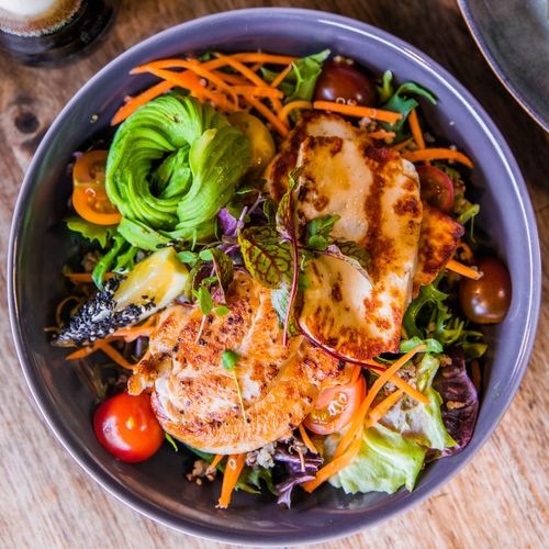 Grilled Chicken Tenderloin & Halloumi Salad