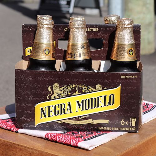 Negra Modelo Six Pack