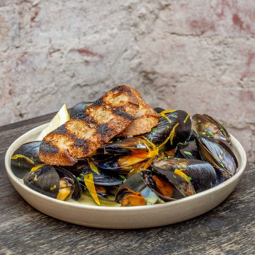 Ale Braised Fresh Local Mussels