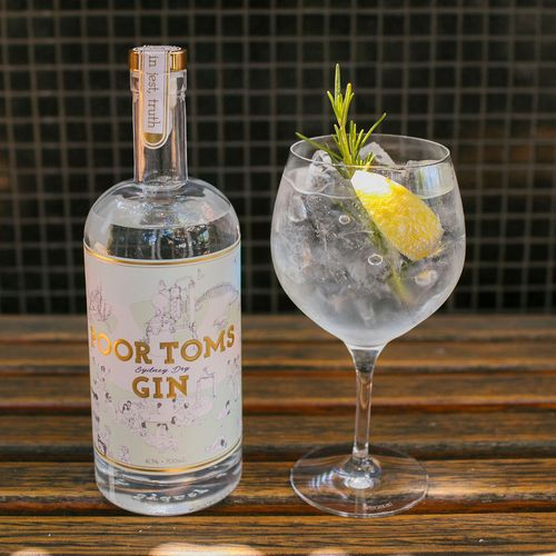 Poor Toms Sydney Dry Gin